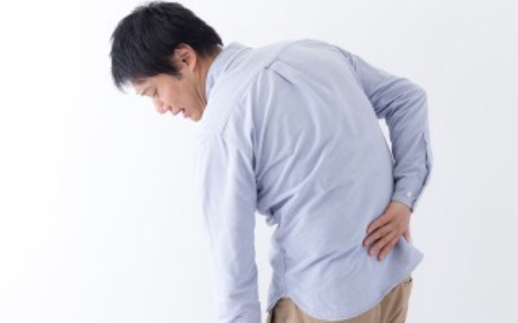 背中の痛みはメンズエステで解消