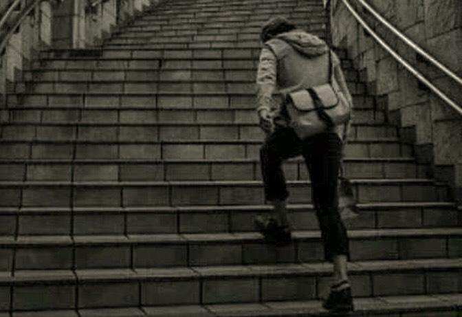 階段を上るのがキツイ