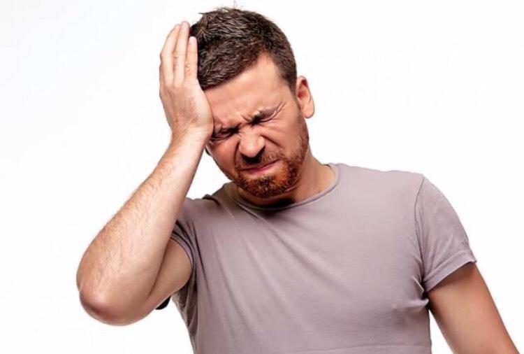 頭痛薬に頼らずアロマの効果で自然治癒力を高める