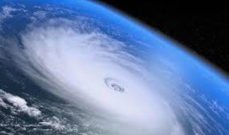 東京に接近中の台風5号