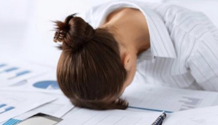 体のだるさや疲れは食事とサプリで改善