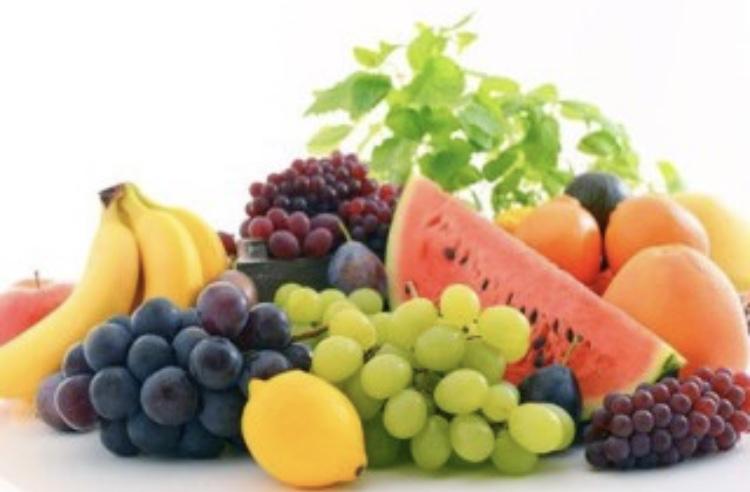果物には糖質が多く含まれている