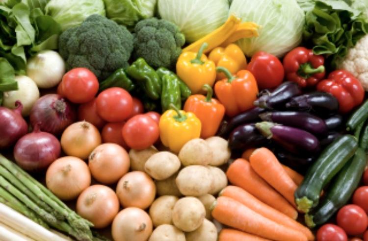 健康のために食事内容を記録する