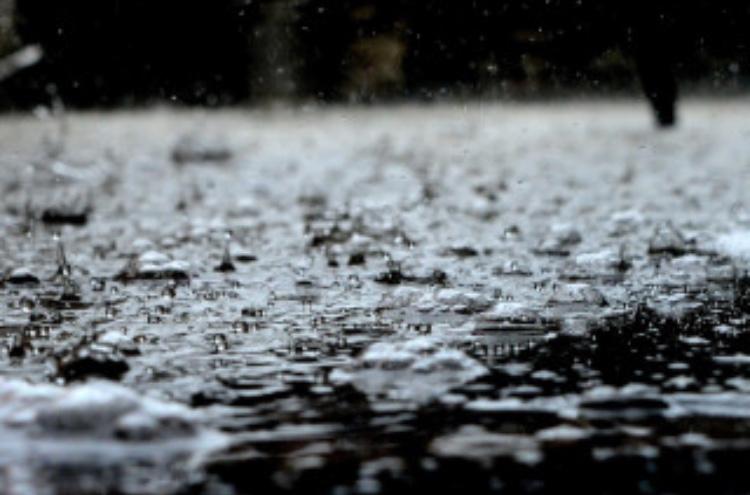雨が降ったらメンズエステで雨宿り