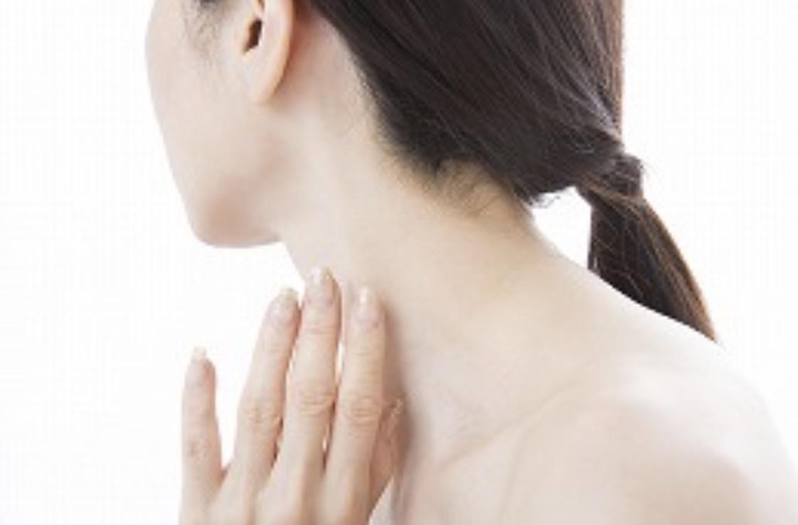 首の痛みはリンパのケアで改善しよう
