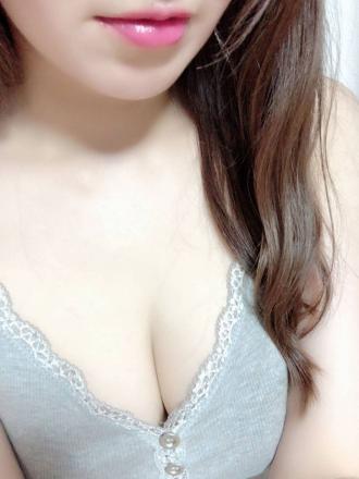 まりな【清楚激カワ&色白長身モデル風美女】