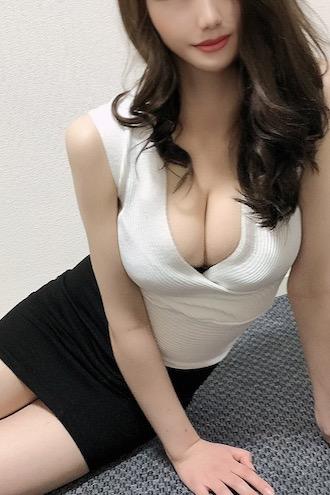 乙坂 カレン